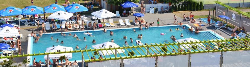 Redeschidem piscina